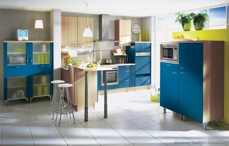 Blue Kitchen Cabinets Pictures Design Ideas Tt111 Modern Blue Kitchen  800x511