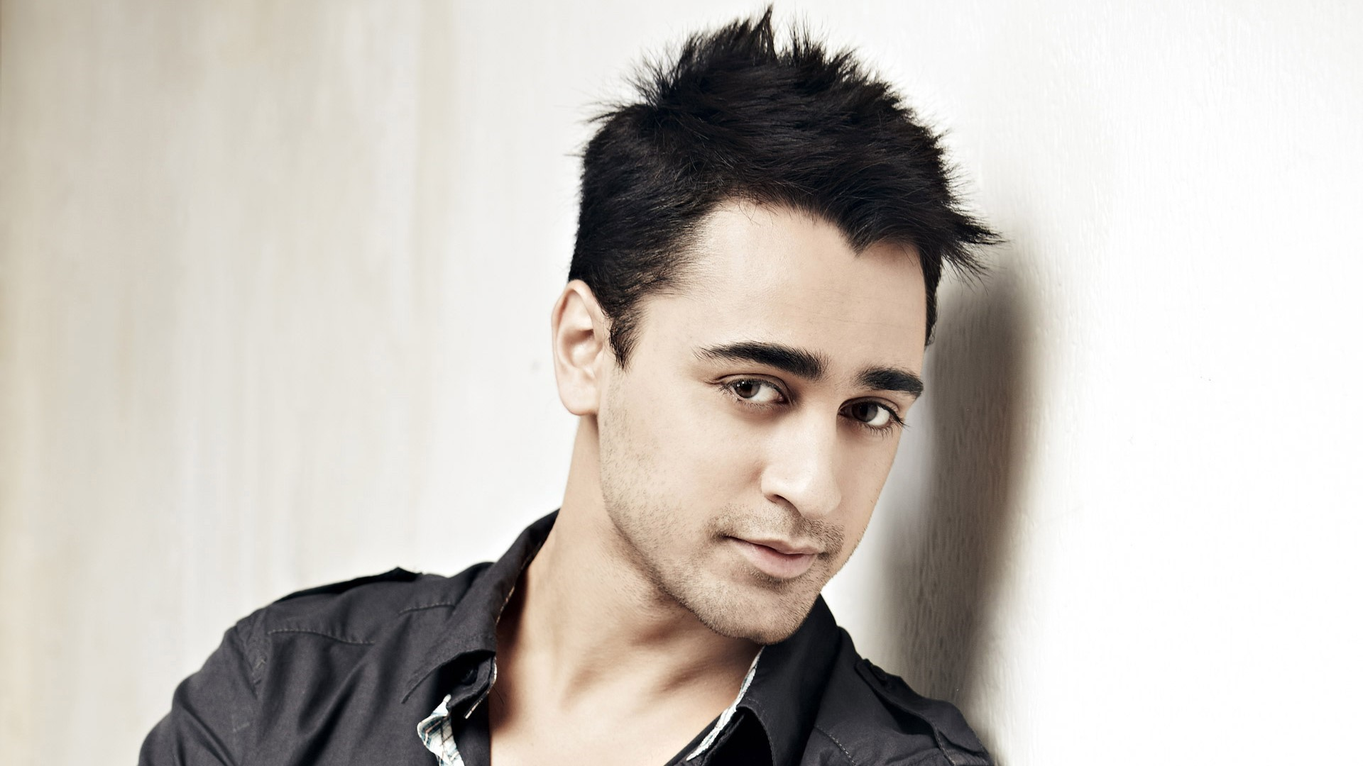 Popular Bollywood Actor Imran Khan HD Images HD Wallpapers 1920x1080