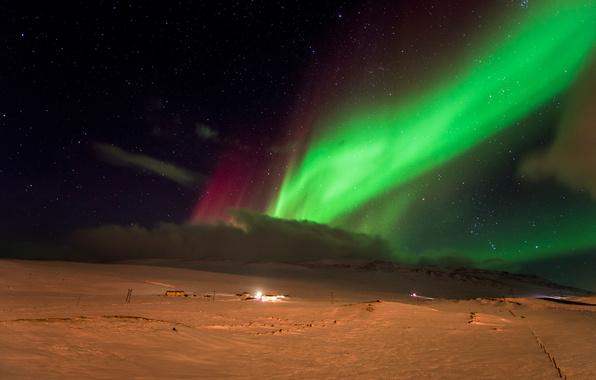 Aurora borealis northern lights night snow stars wallpapers 596x380