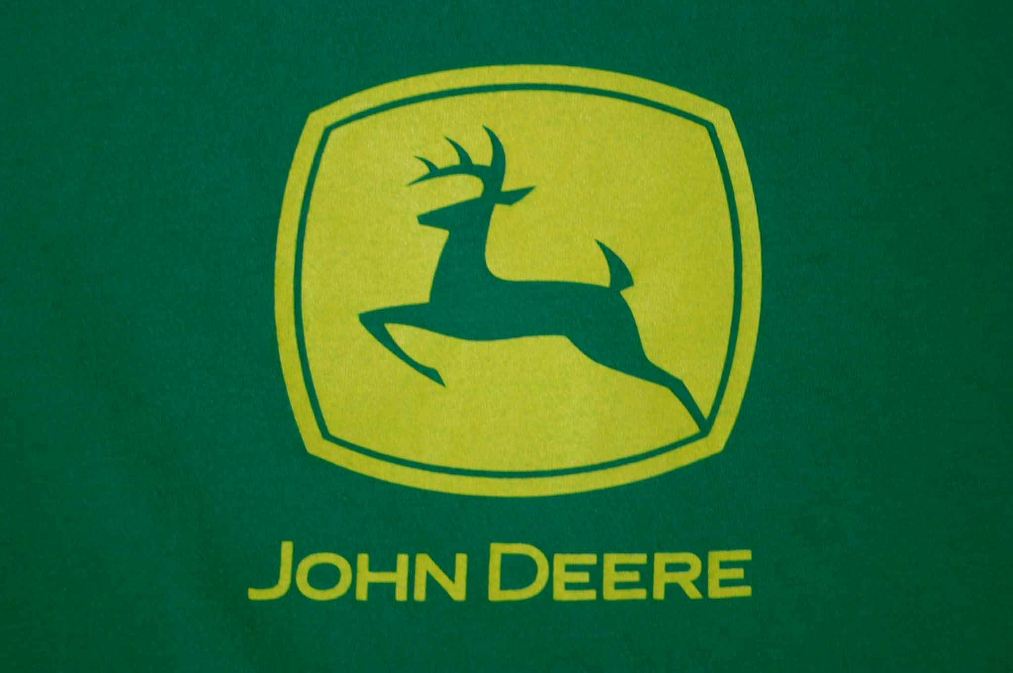 Pics Photos   John Deere Logo Wallpaper 2048x1360