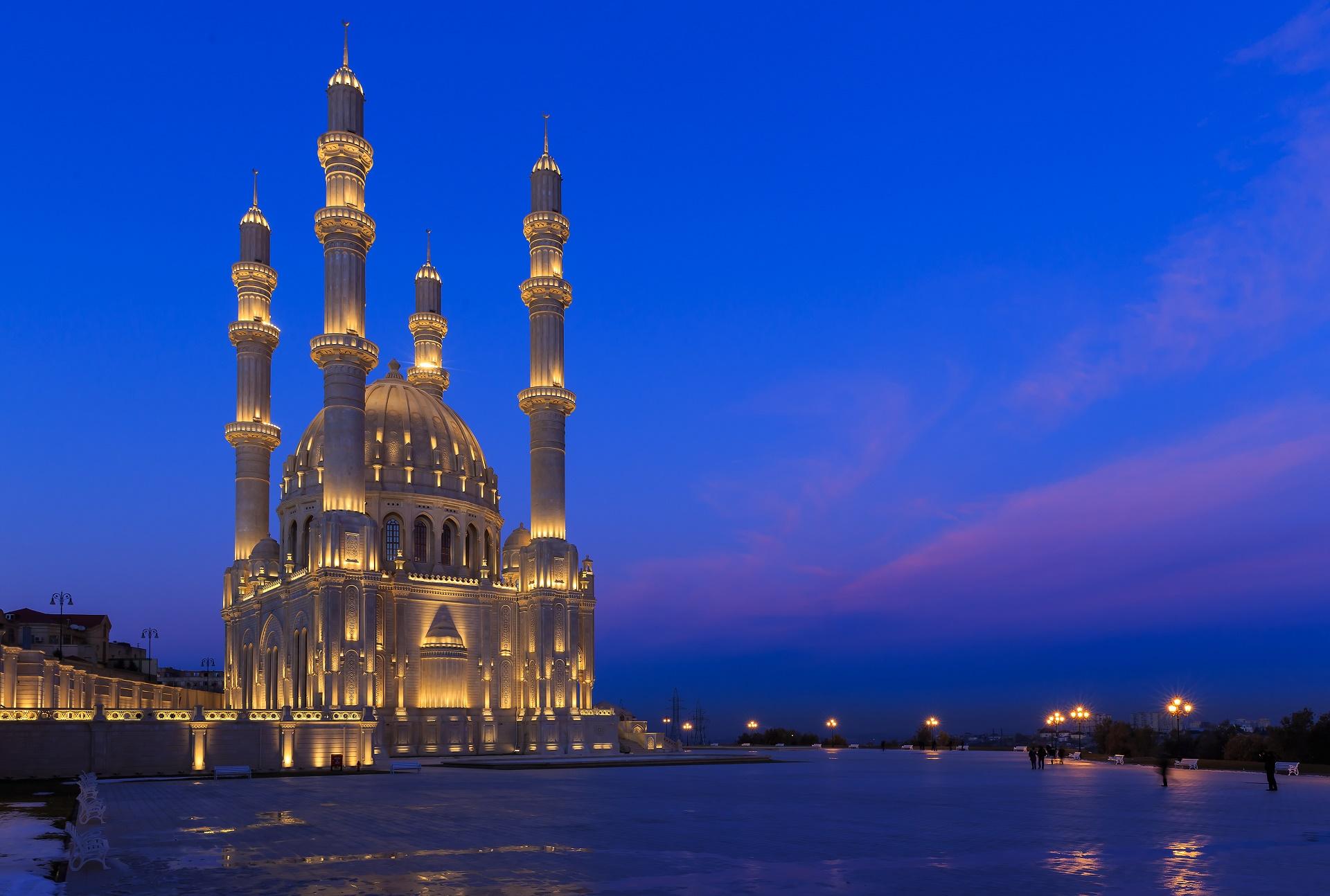 New Mosque in Baku Azerbaijan HD Wallpaper Background Image 1920x1294