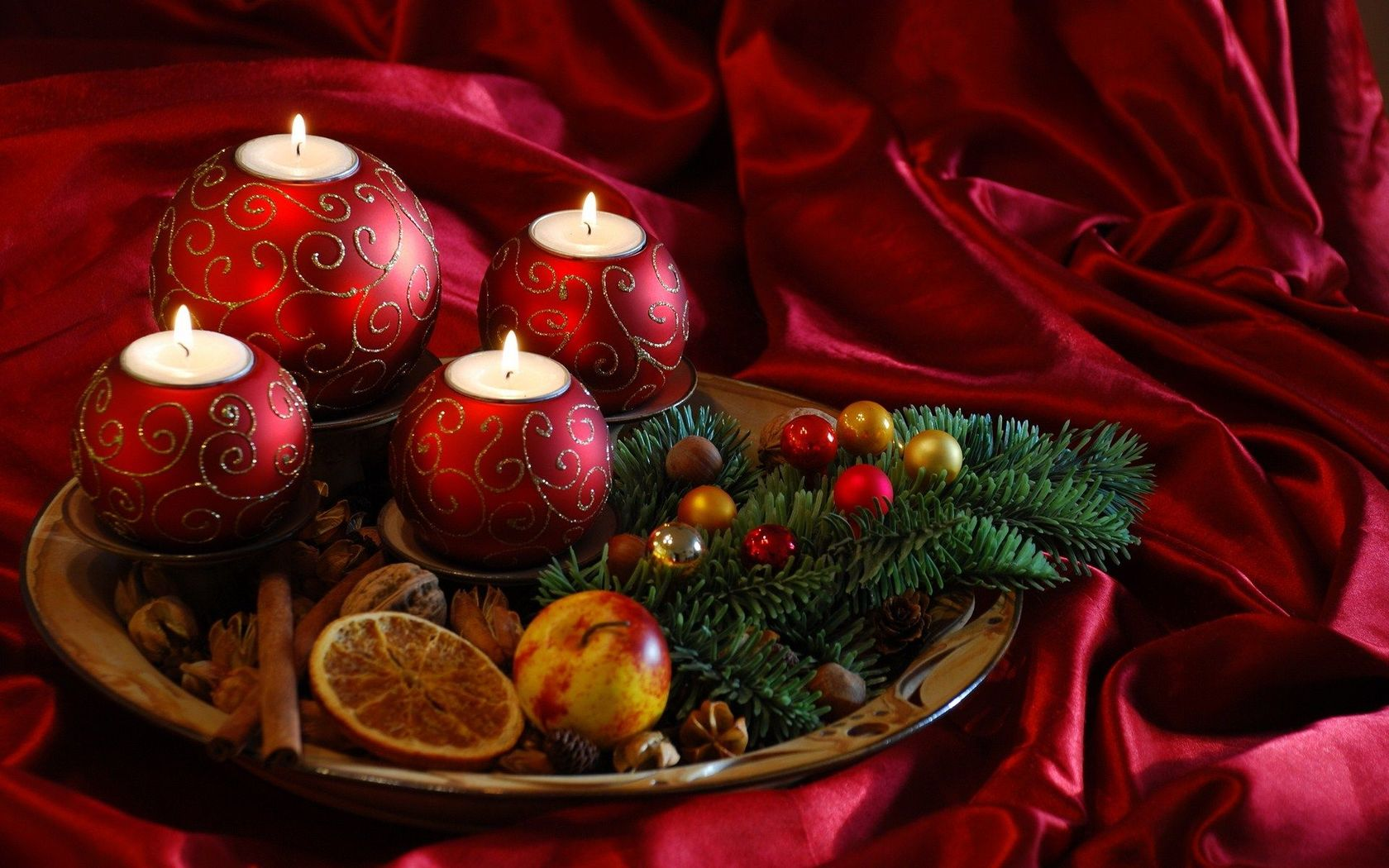 Christmas candles Widescreen Wallpaper   7298 1680x1050