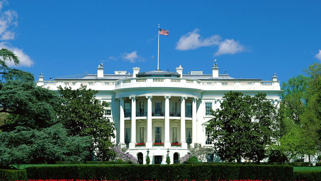 White house wallpaper desktop wallpapersafari for Wallpaper for house wall