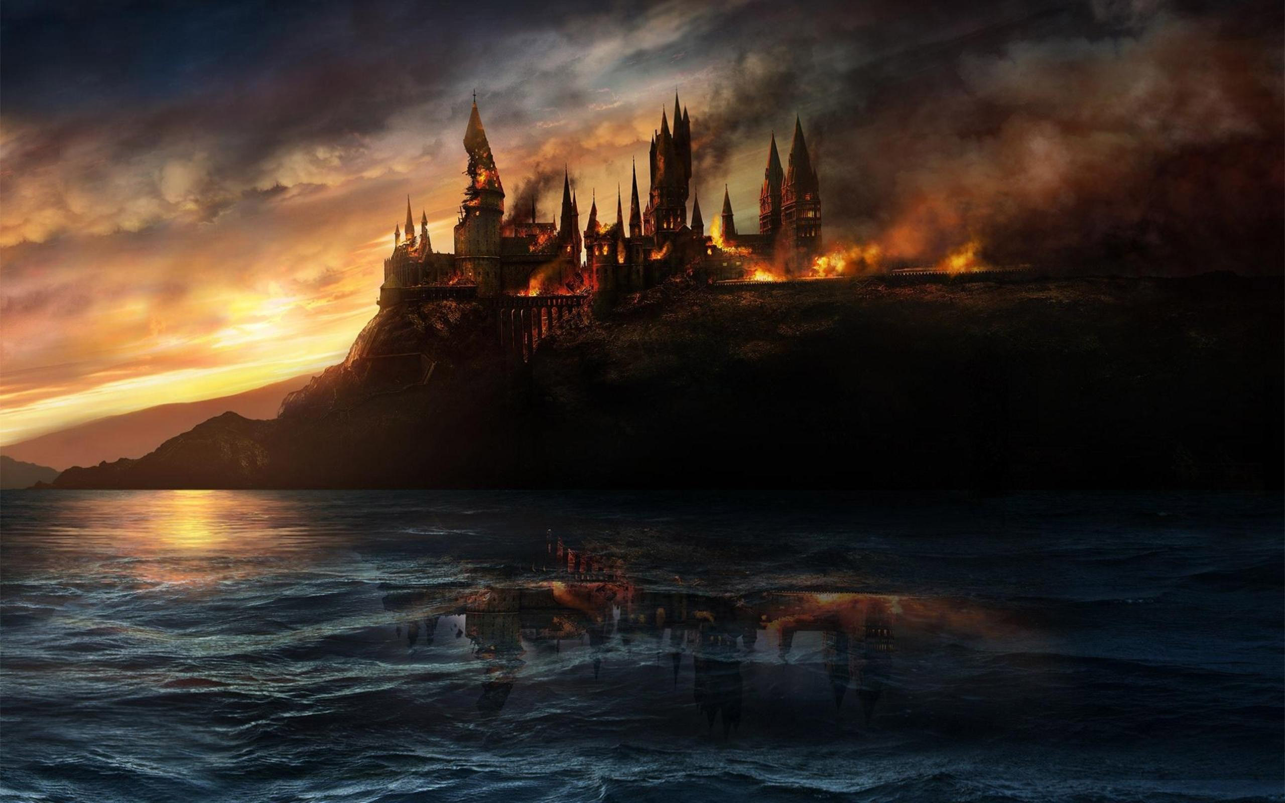 Hallows   Hogwarts Castle wallpaper 2560x1600 2733 WallpaperUP 2560x1600