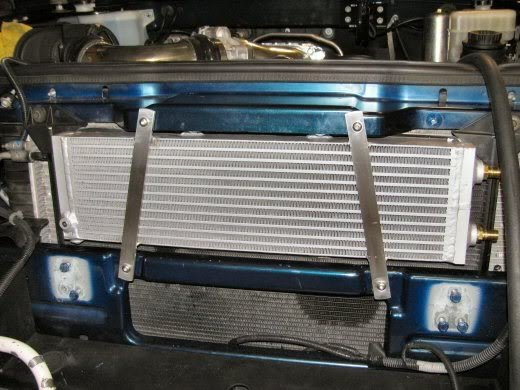 The Magnuson Hummer H2 supercharger comes with a much smaller 520x390