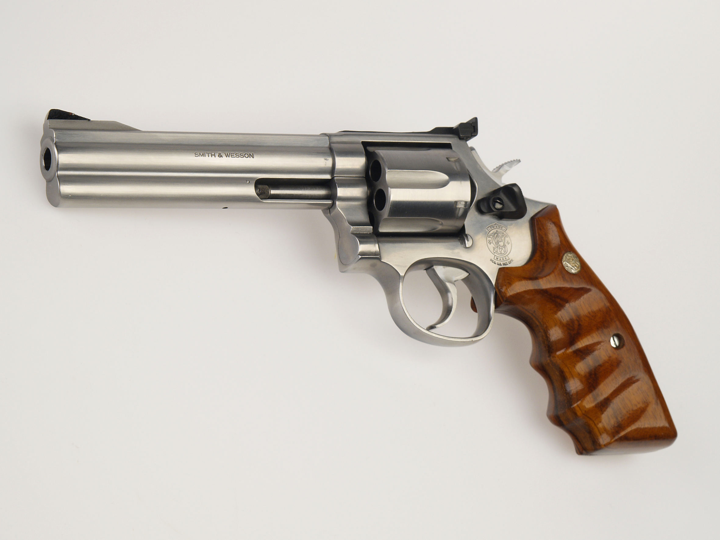 Weapons   Smith Wesson Model 29 Revolver Wallpaper 2362x1772