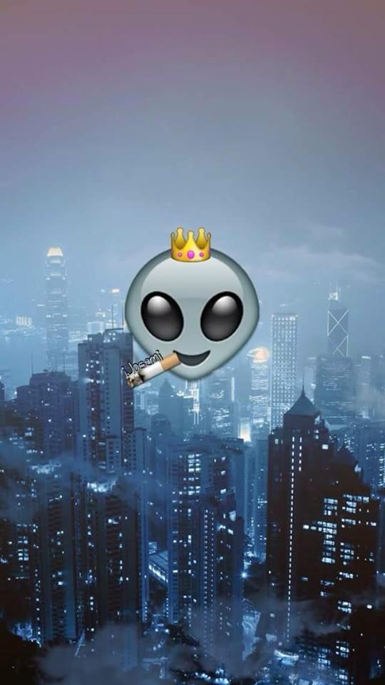Queen Emoji Wallpapers...