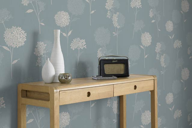 Win a Dulux Room Makeover   Competitions houseandgardencouk 639x426