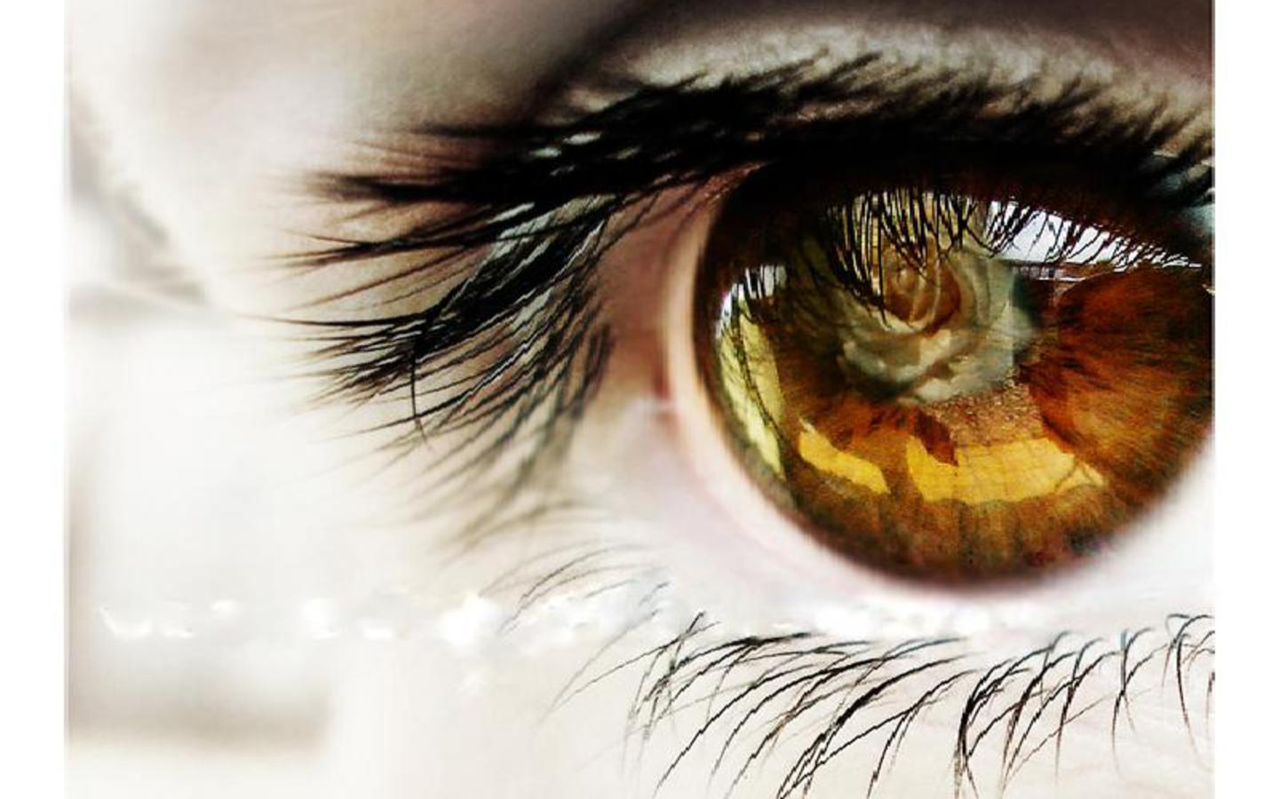 ENJOY THE BEAUTIFUL EYES WALLPAPERS 1440x900