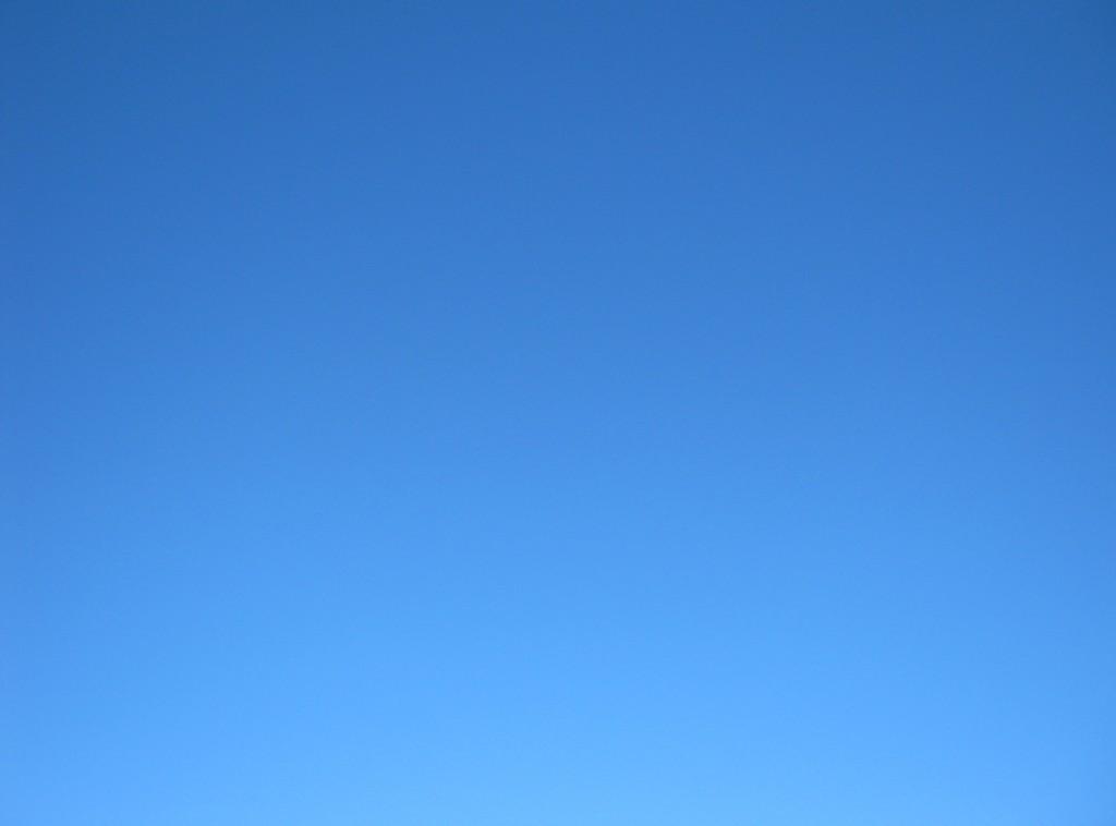 Sunny blue sky background Africa 1024x758