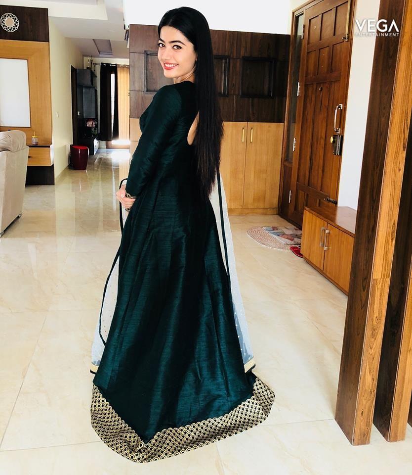 Actress Rashmika Latest Pics Vega Entertainment 834x960