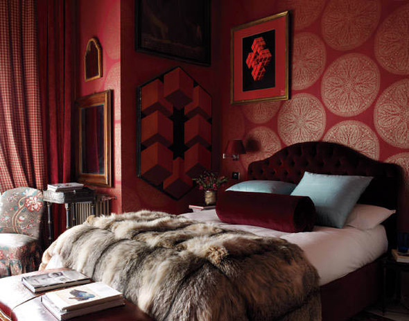 Furry Wallpaper For Bedrooms Elle decor castillo bedroom 590x463