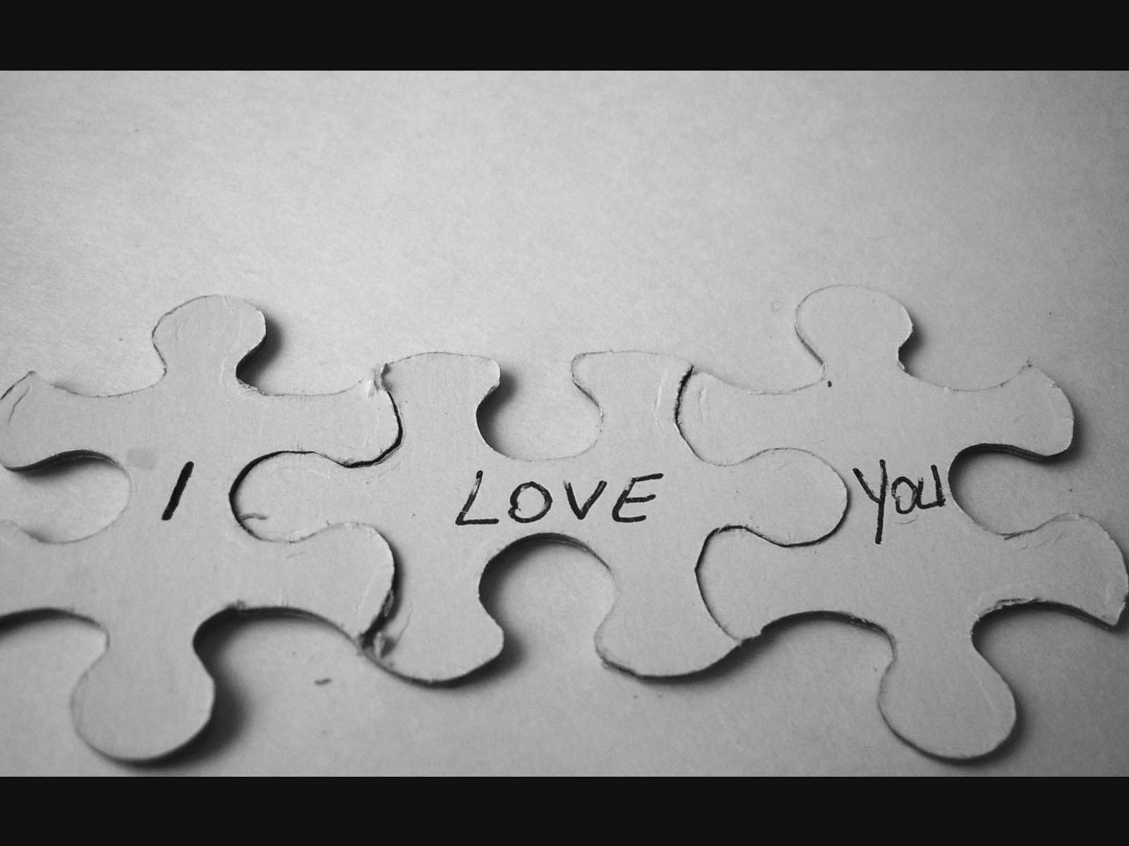 Home Emotions Love Love Wallpapers Black and White 1600x1200