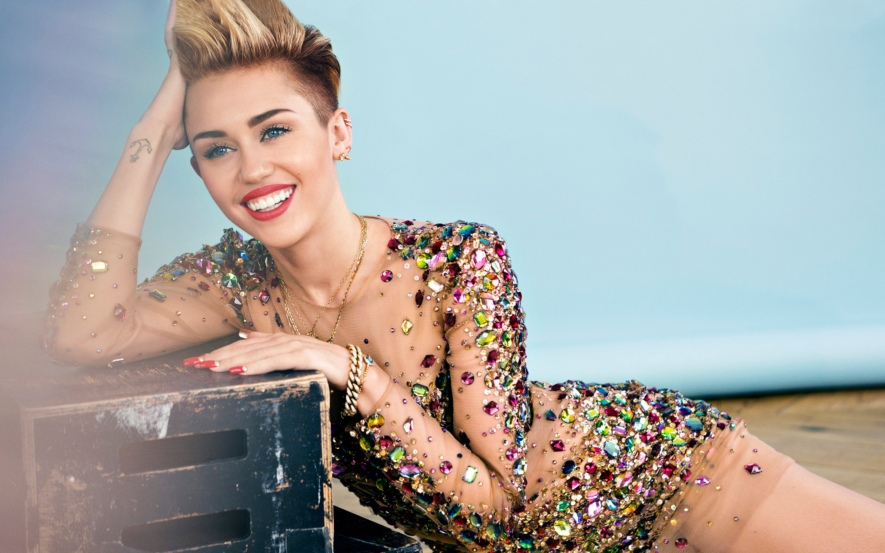 Miley Cyrus 2014 Wallpapers HD Wallpapers 2880x1800