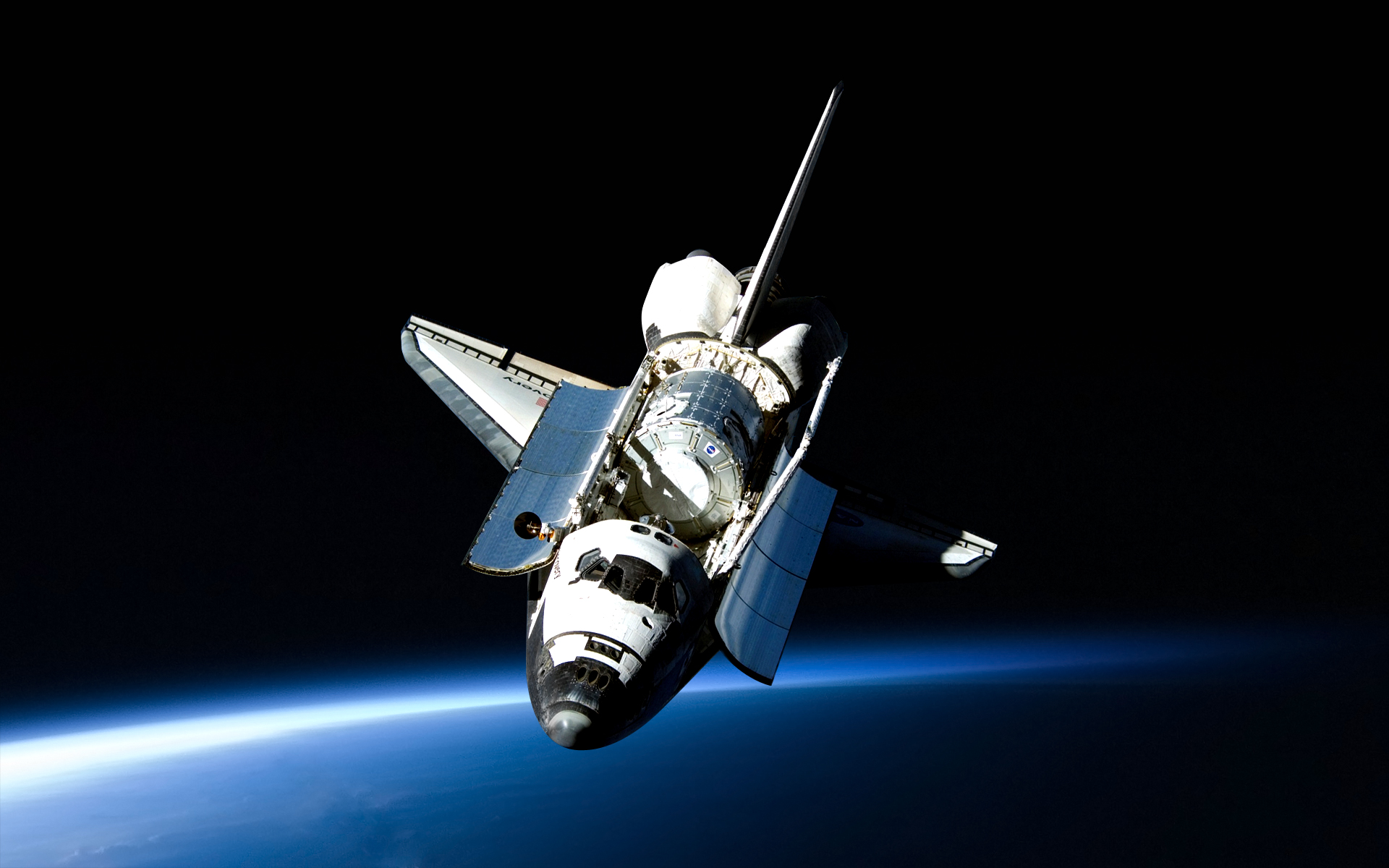 Space Shuttle Discovery posing for a great wallpaper. : space