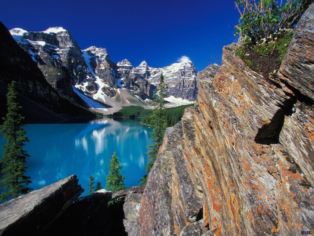 Wallpaper Moraine Lake and Valley of the Ten Peaks Canada   Photos 630x473