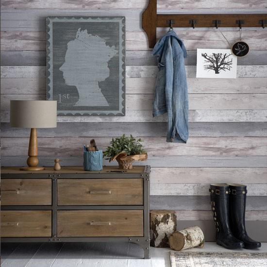 Rustic wood look hallway Hallway decorating ideas Hallway Ideal 550x550