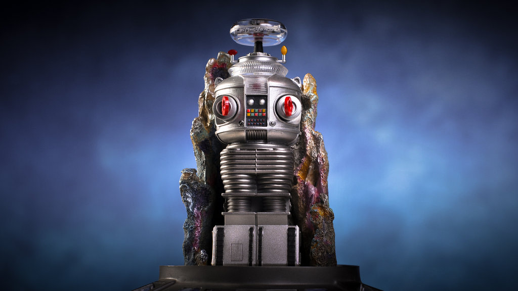 Franklin Mint Lost In Space Robot B 9 by theCrow65 1024x576
