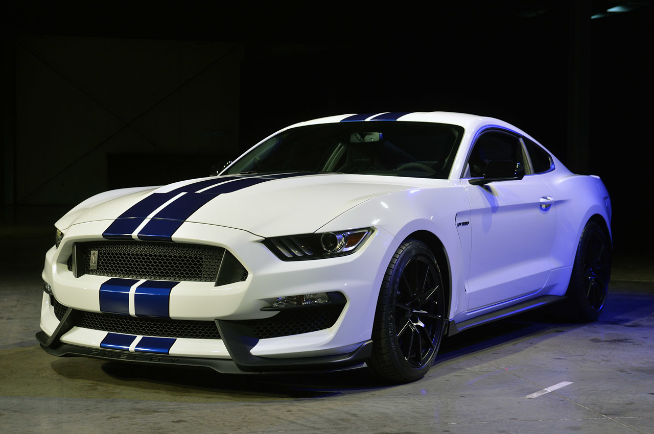 2016 Ford Mustang Shelby GT350 HD Wallpapers 1280x850