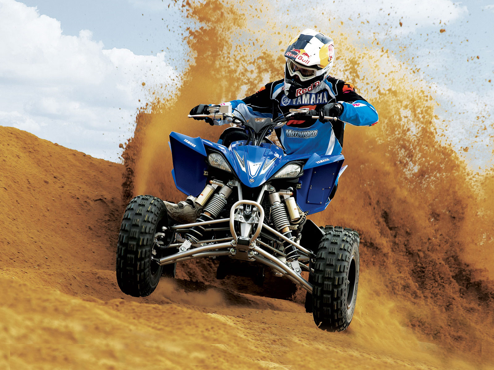 Best ATV Dirt Wallpaper Laptop Backgrounds 823 2568 Wallpaper Cool 1600x1200