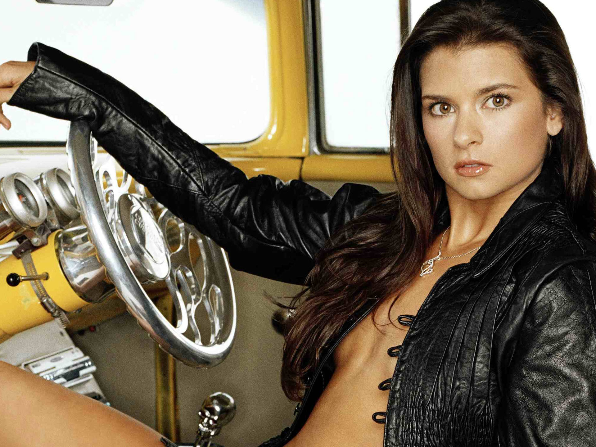 paseode gonzalez Danica Patrick   Wallpaper Colection 1920x1440