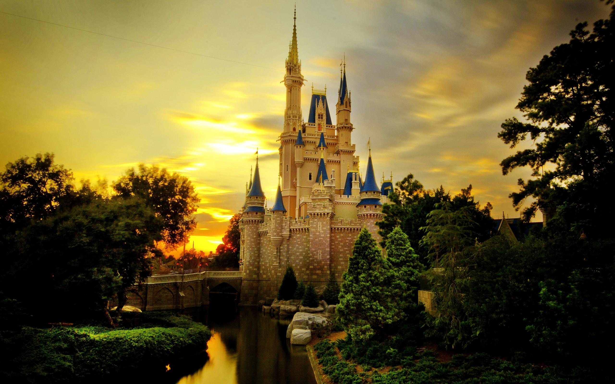 Free Castle Retina Macbook Pro HD Wallpaper