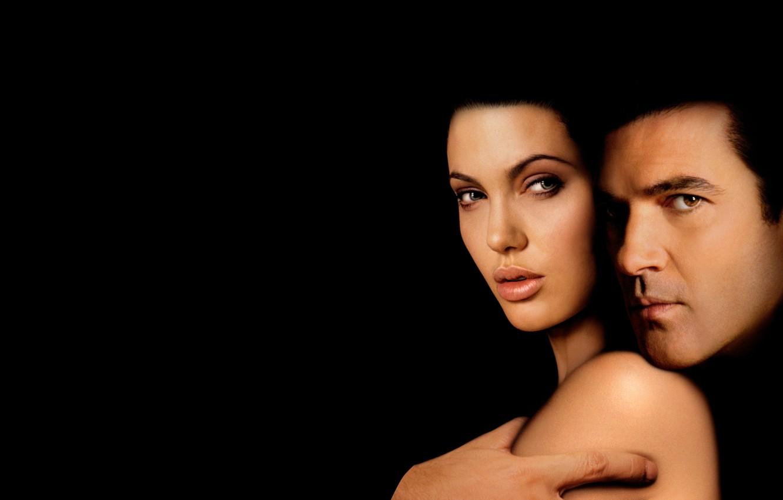 Wallpaper darkness the film Angelina Jolie Angelina Jolie 1332x850