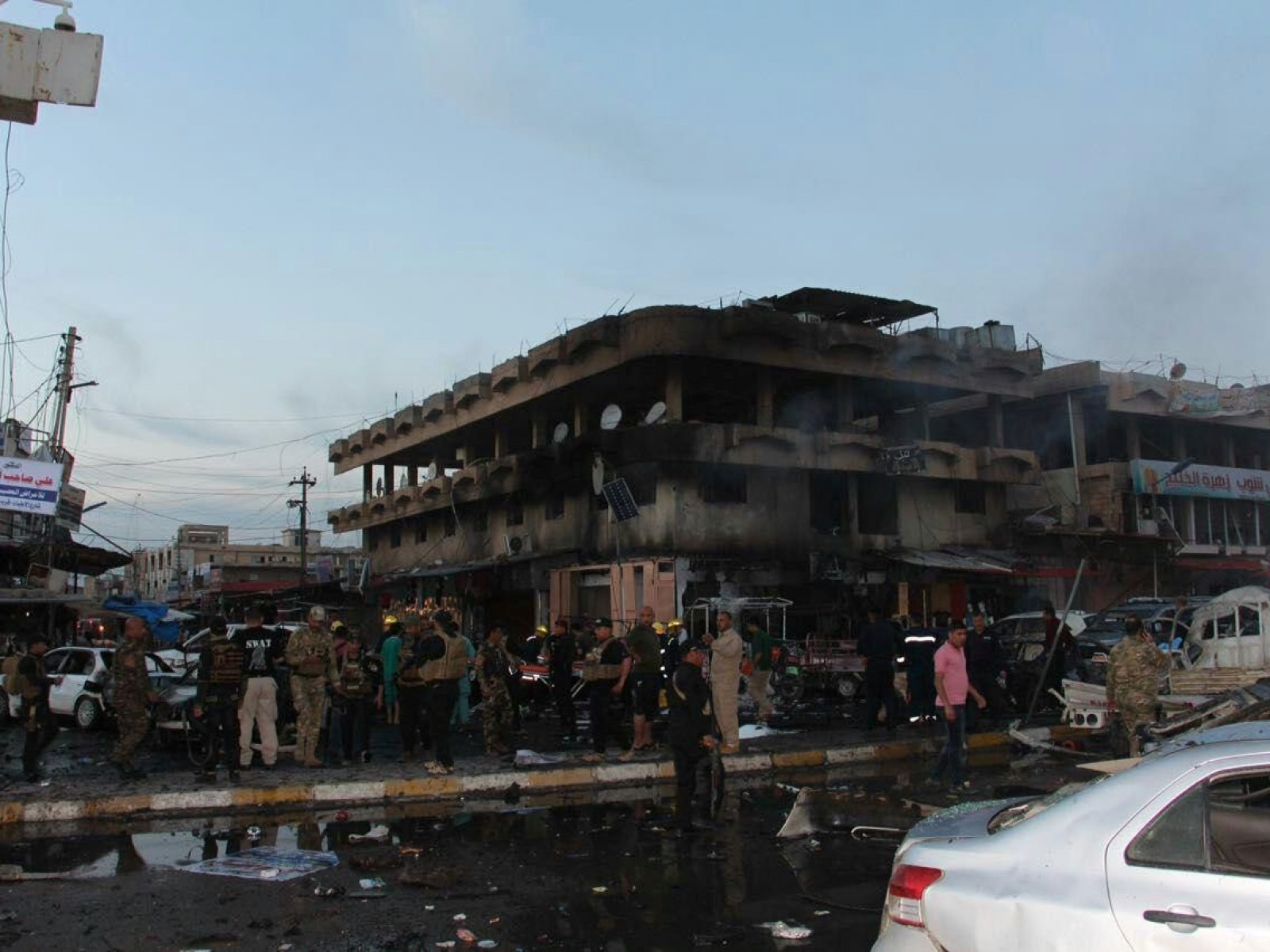 ISIS Cell Dressed in Police Uniform Kills 31 in Suicide Bomb 1600x1200