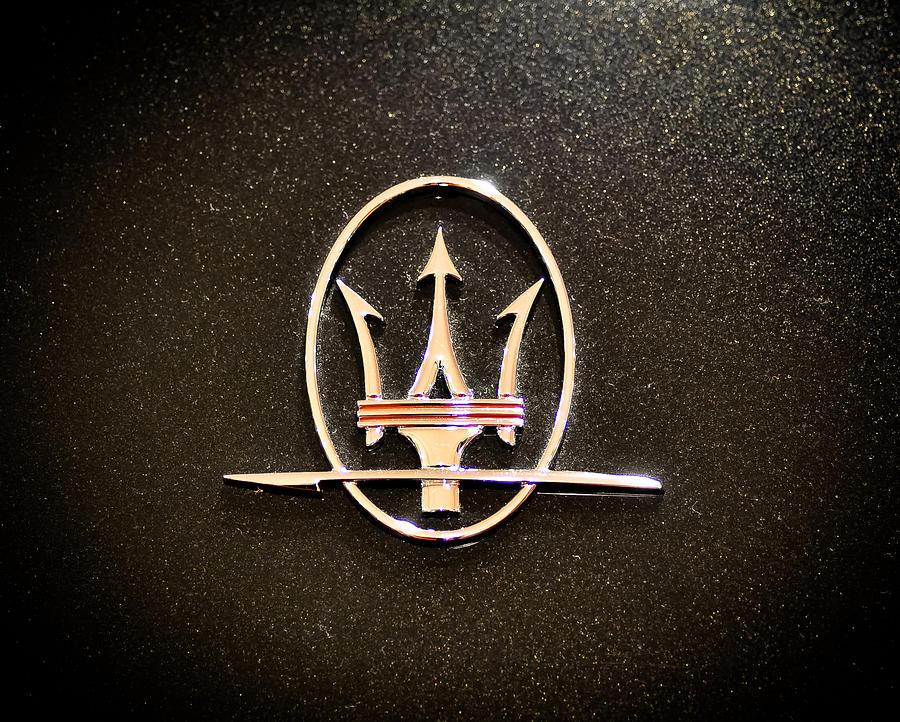 Maserati Logo by Ronda Broatch 900x722