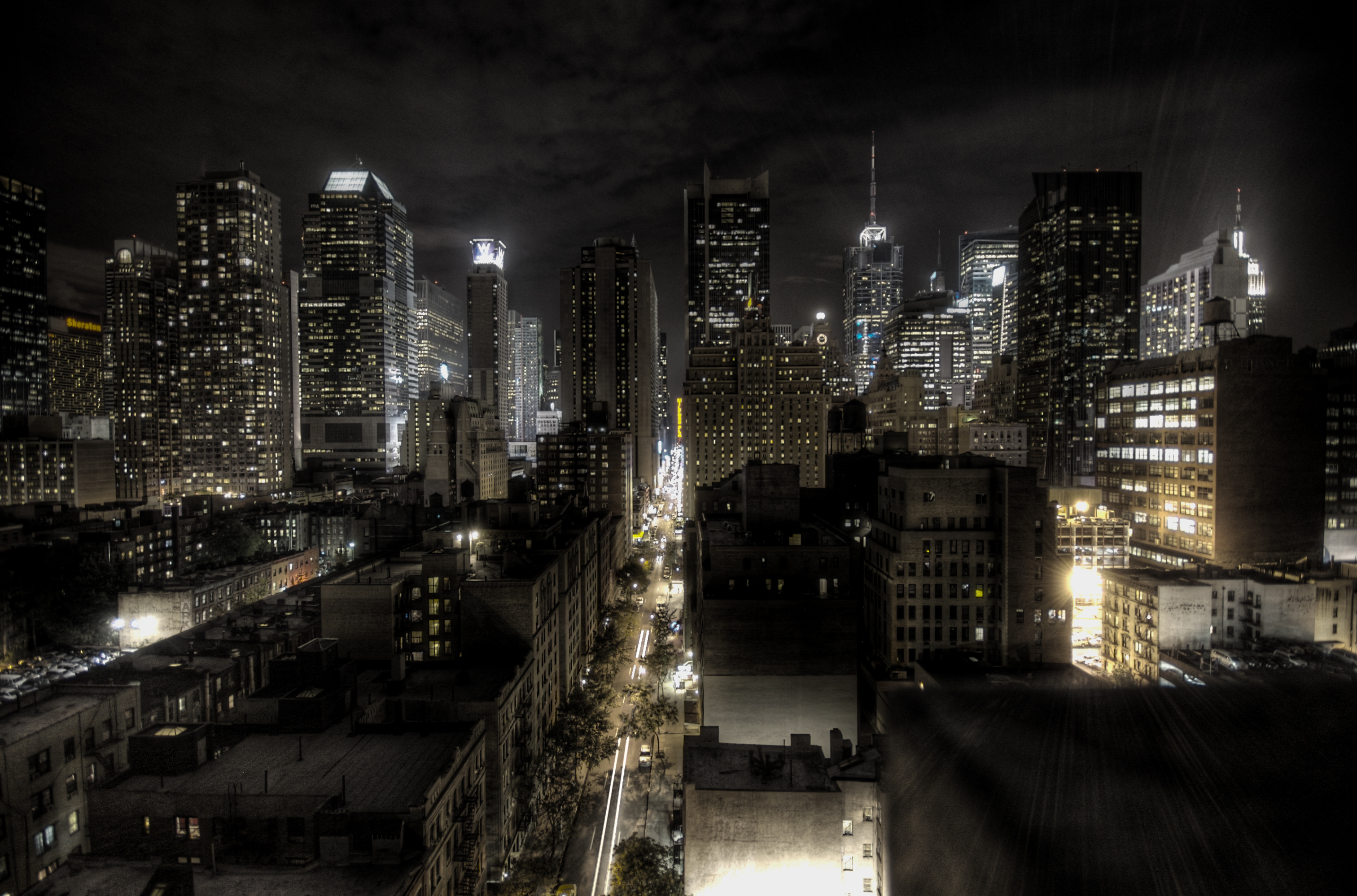 Description New York City at night HDRjpg 3024x1998