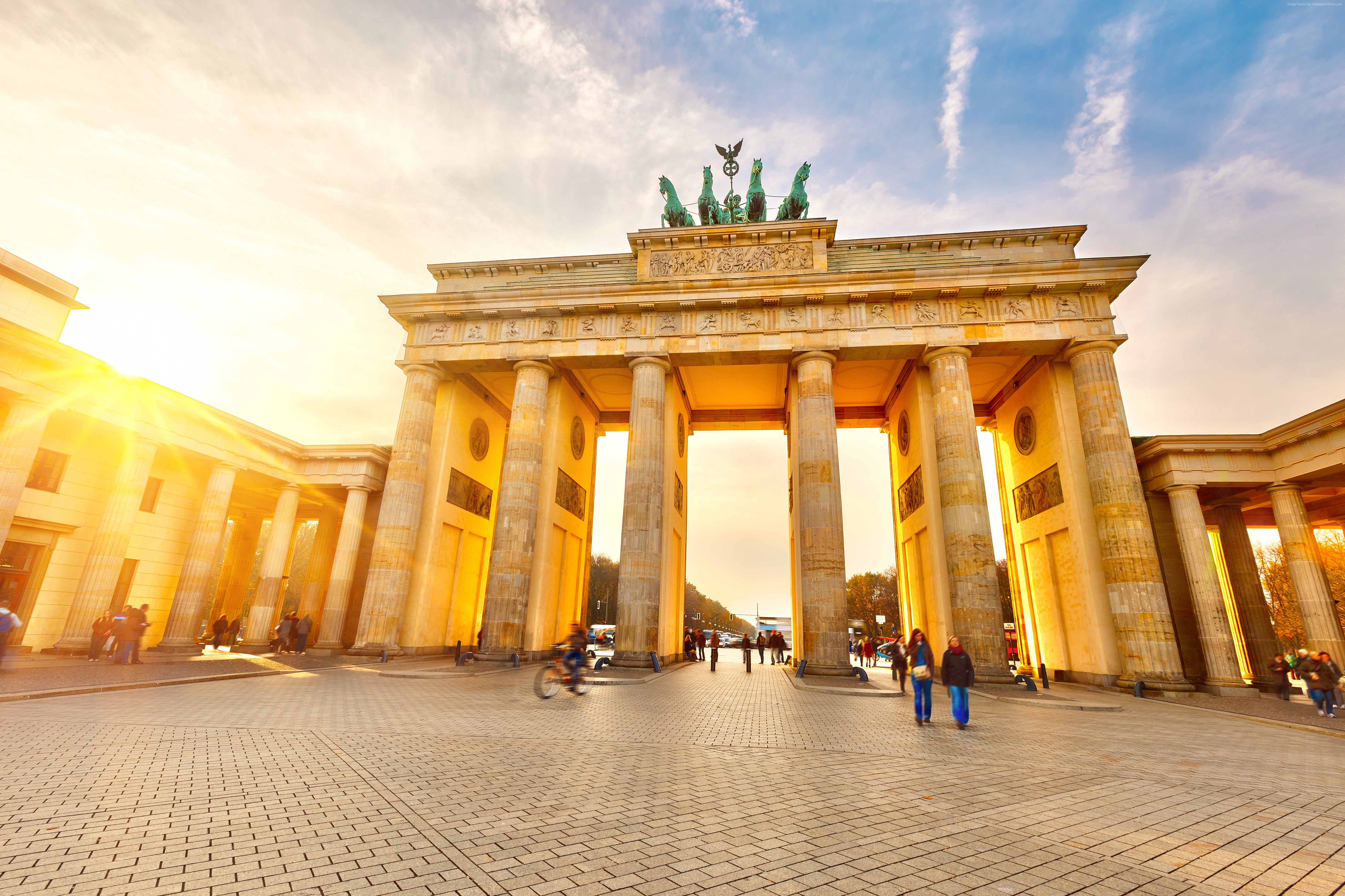 105649 Berlin Travel Tourism Brandenburg Gate Germany 5615x3743