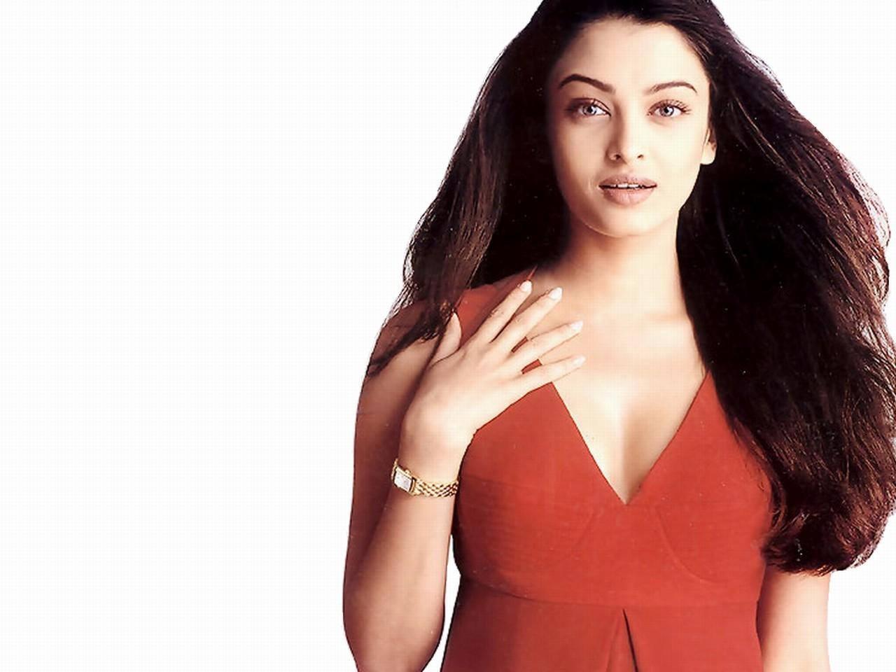 Aishwarya Rai Bollywood Actress Wallpapers HD Wallpapers 1280x960