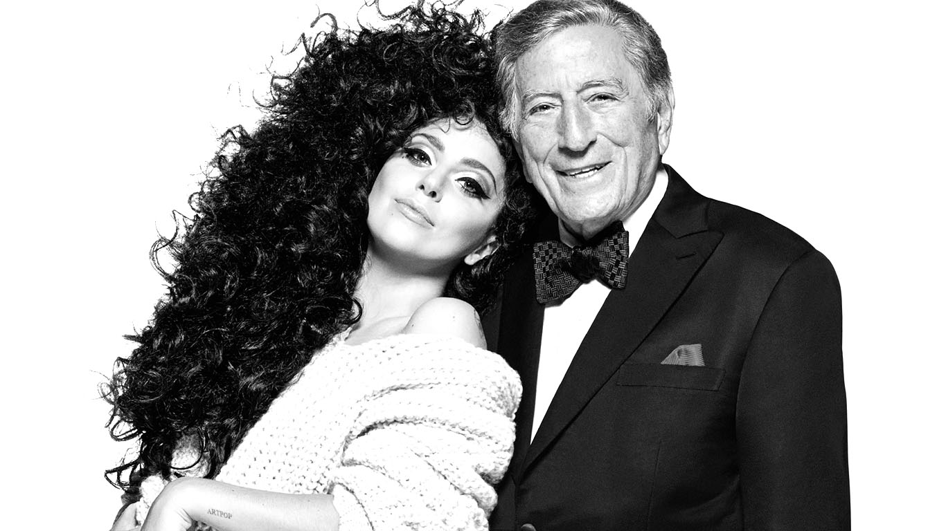 Dancing Cheek to Cheek with Tony Bennett and Lady Gaga in Las 1366x768