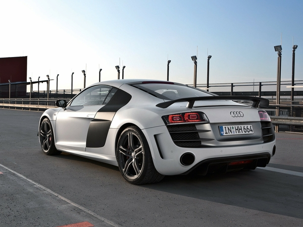r8 2048x1536 wallpaper Audi Wallpapers Desktop Wallpapers 600x450