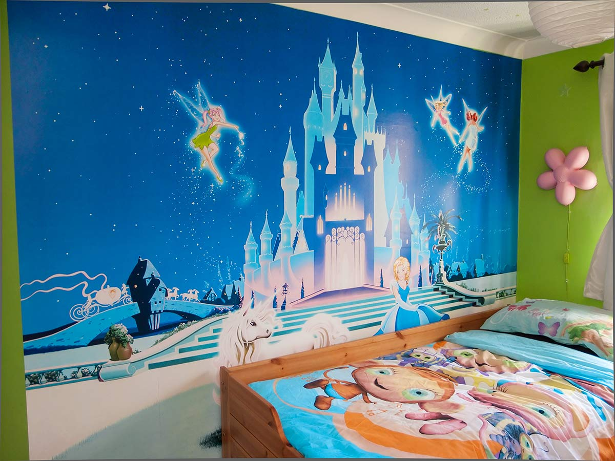 Disney princess castle wallpaper wallpapersafari for Cinderella castle mural