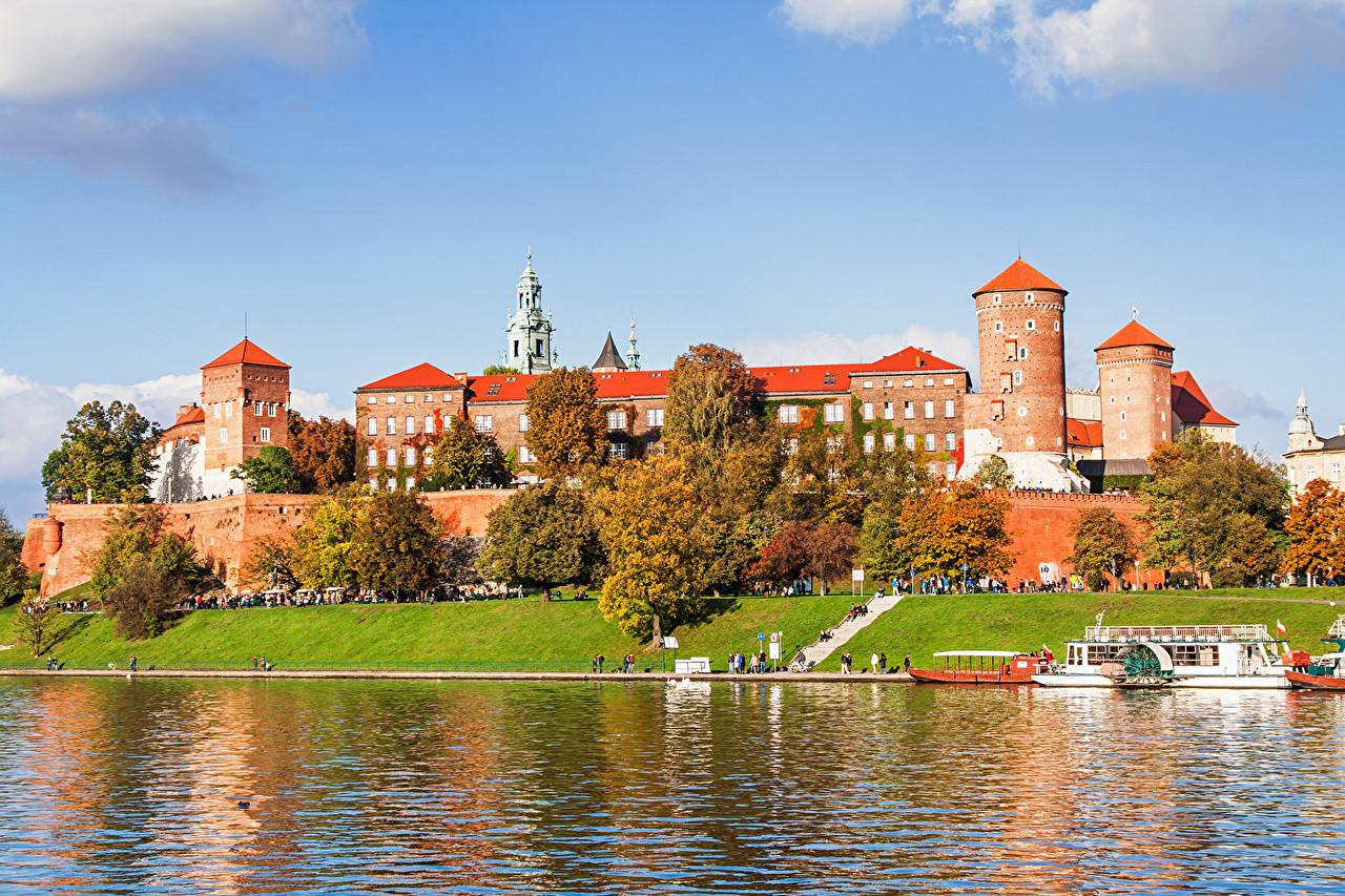 Erasmus Experience in Krakow Poland by Ophlie Erasmus 1280x853
