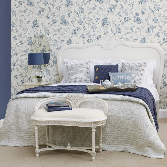 Blue bedroom Bedroom designs Floral wallpaper Image 550x550