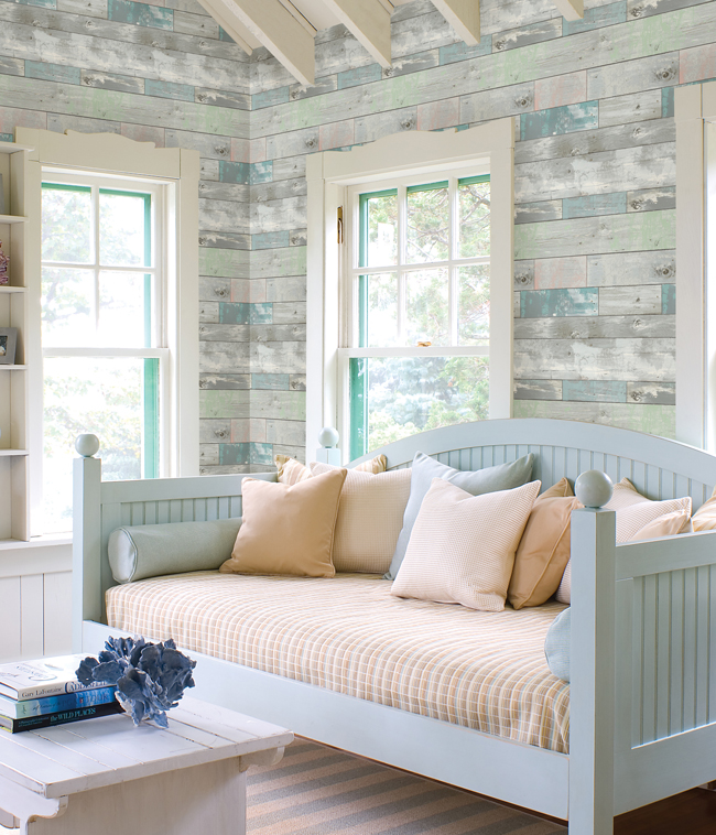 weathered faux wood wallpaper Image via HGTV 2 Wallpaper 650x758