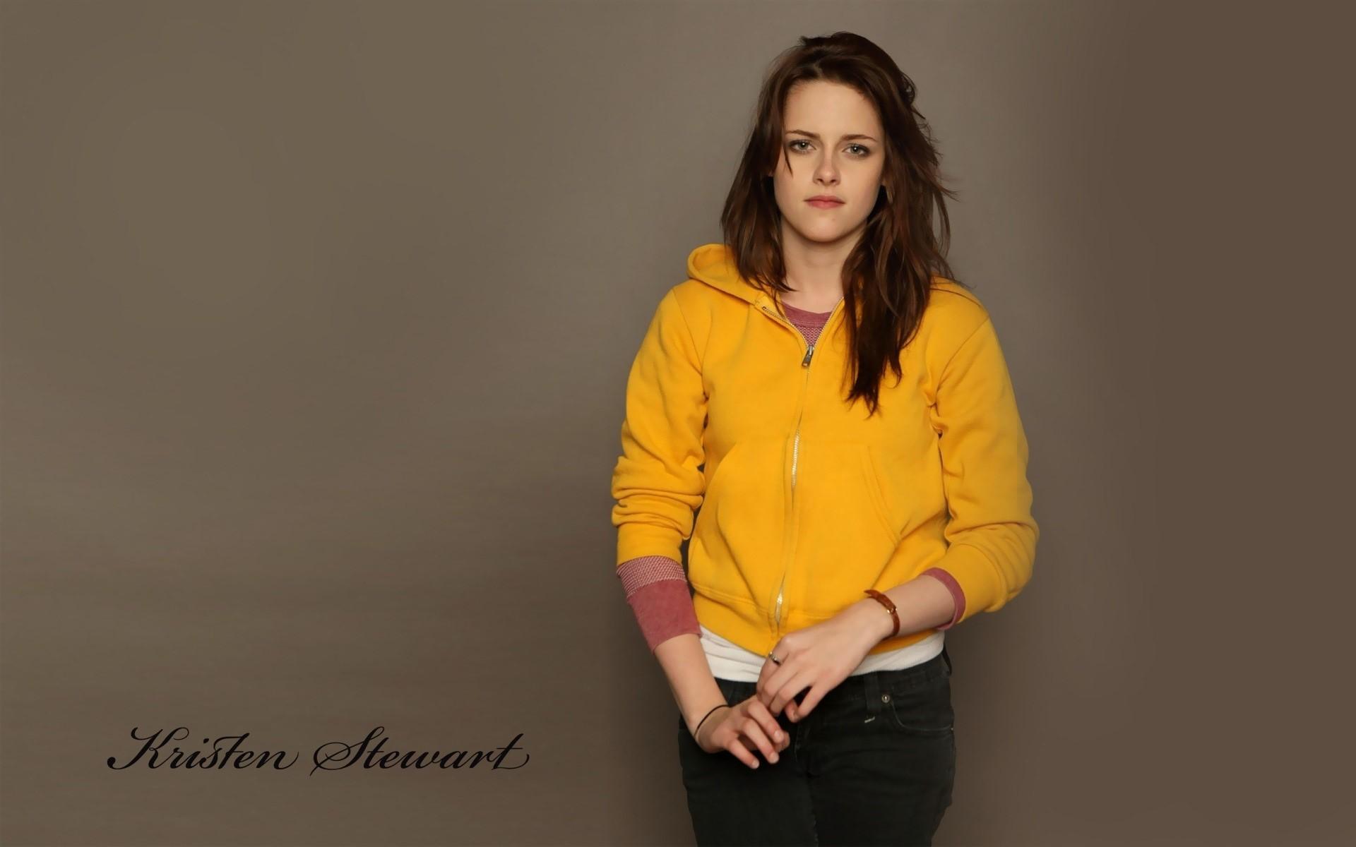 Kristen Stewart Beautiful Hollywood Actress in Yellow HD Wallpapers 1920x1200