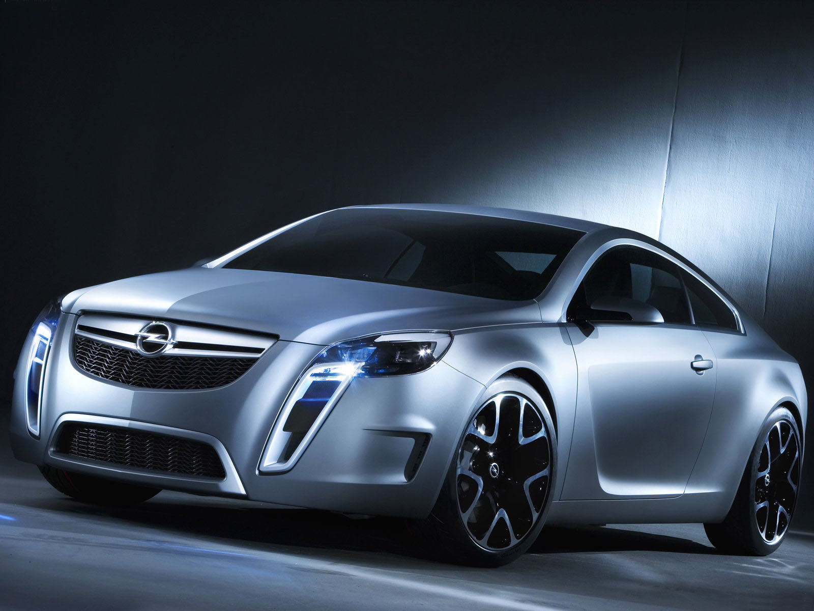 Cars HD Wallpapers Opel Vectra Tuning HD Wallpapers 1600x1200