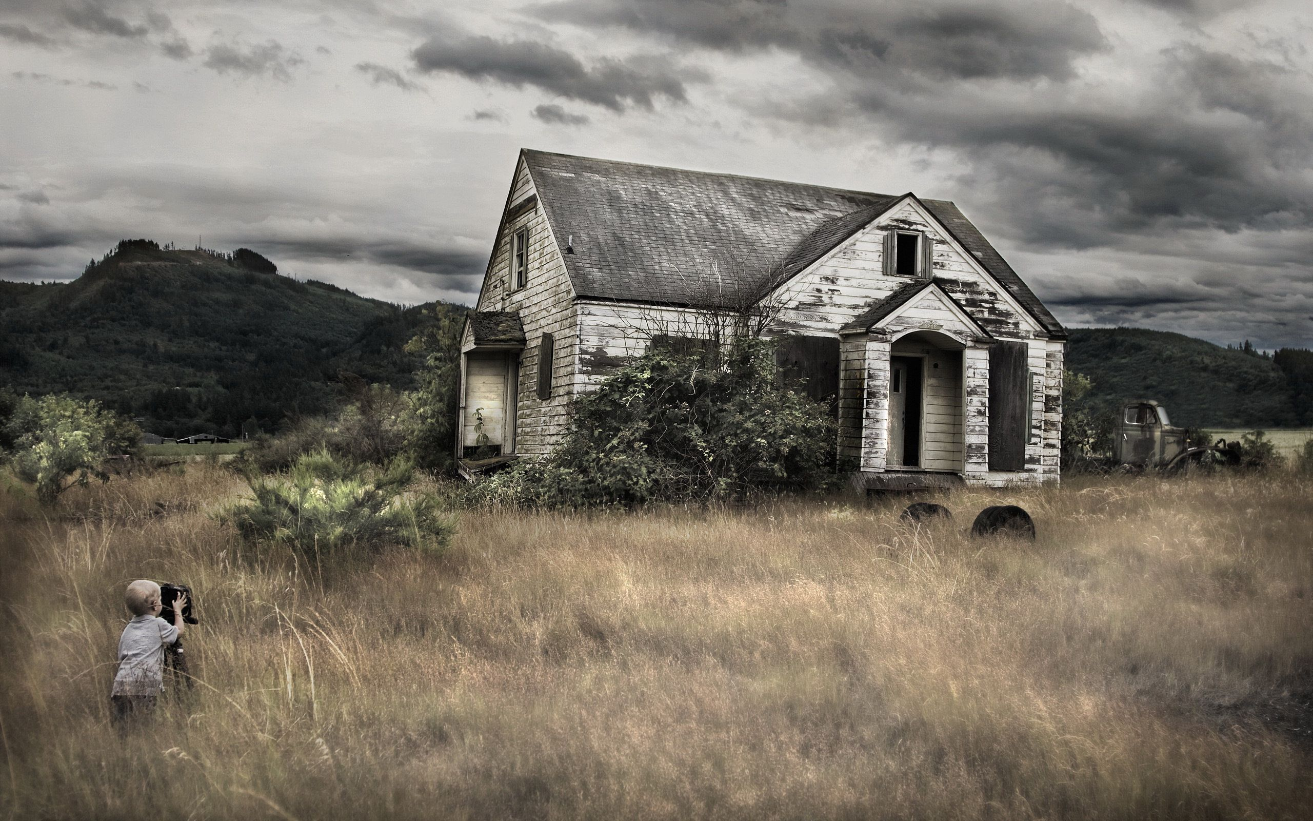 Old Farm House   Desktop Backgrounds 2560x1600