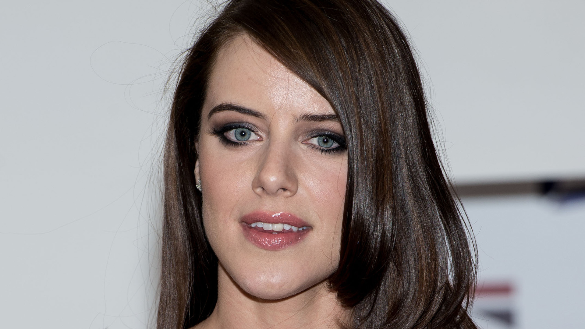 Michelle Ryan Sexy Wallpapers 1920x1080