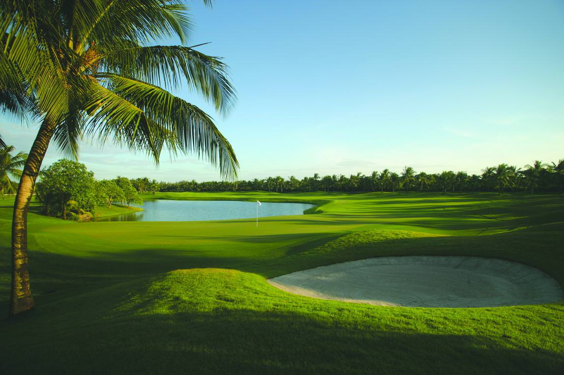 30 Golf Wallpapers Backgrounds Images Design Trends 1147x763