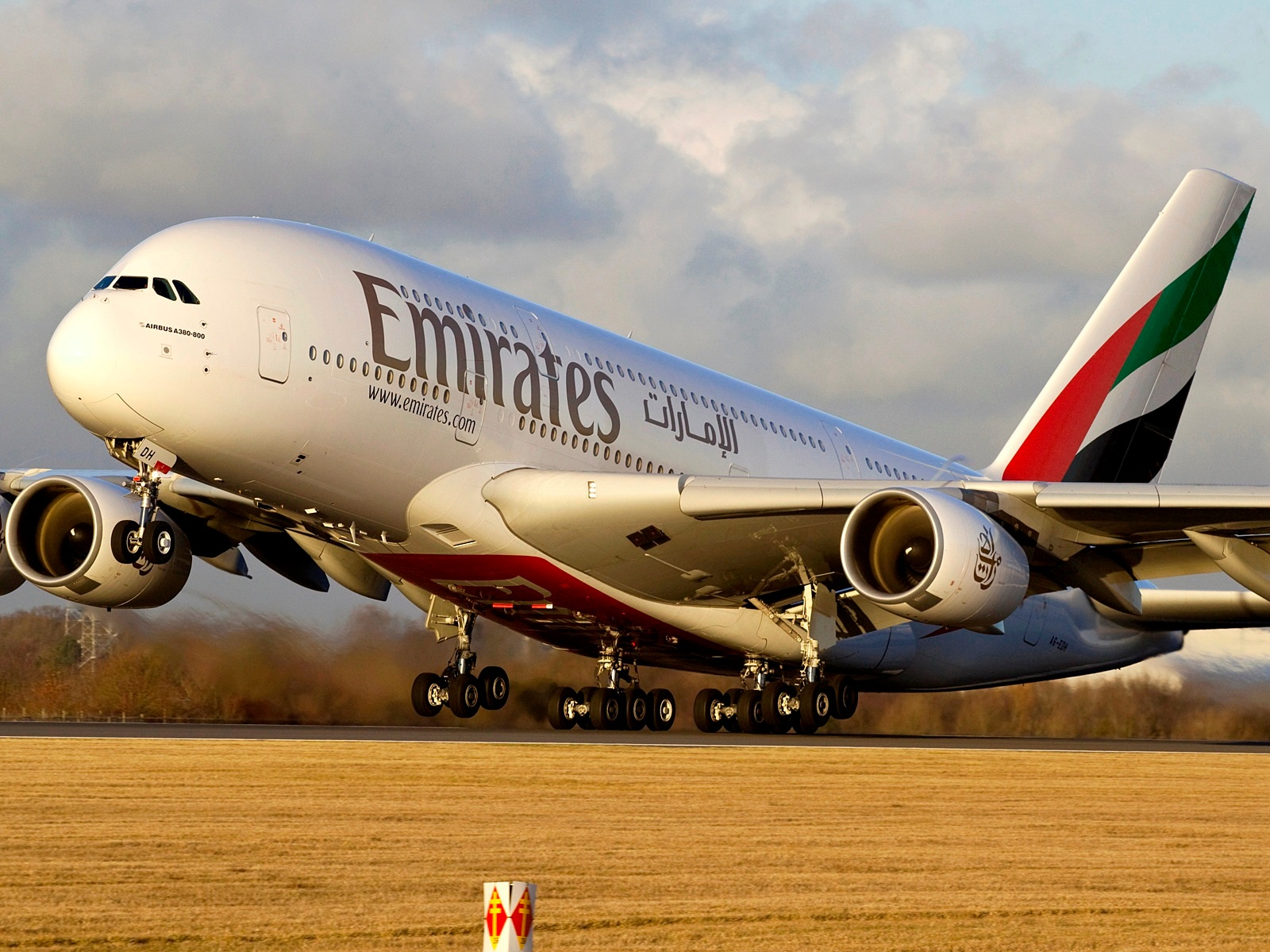 Emirates Airbus A380 800 Sunset Takeoff Aircraft Wallpaper 4021 1600x1199