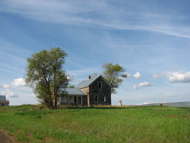 Old Farmhouse Wallpaper Creeky old farmhouse ii by 800x600