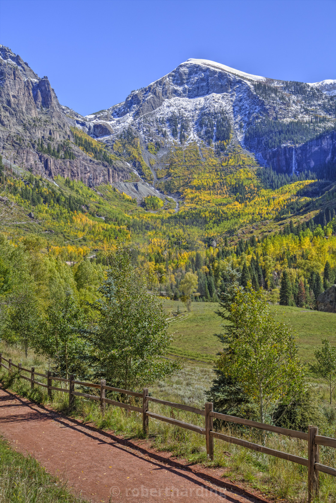 Fall colours Telluride Western San Juan Mountains in the 1120x1677