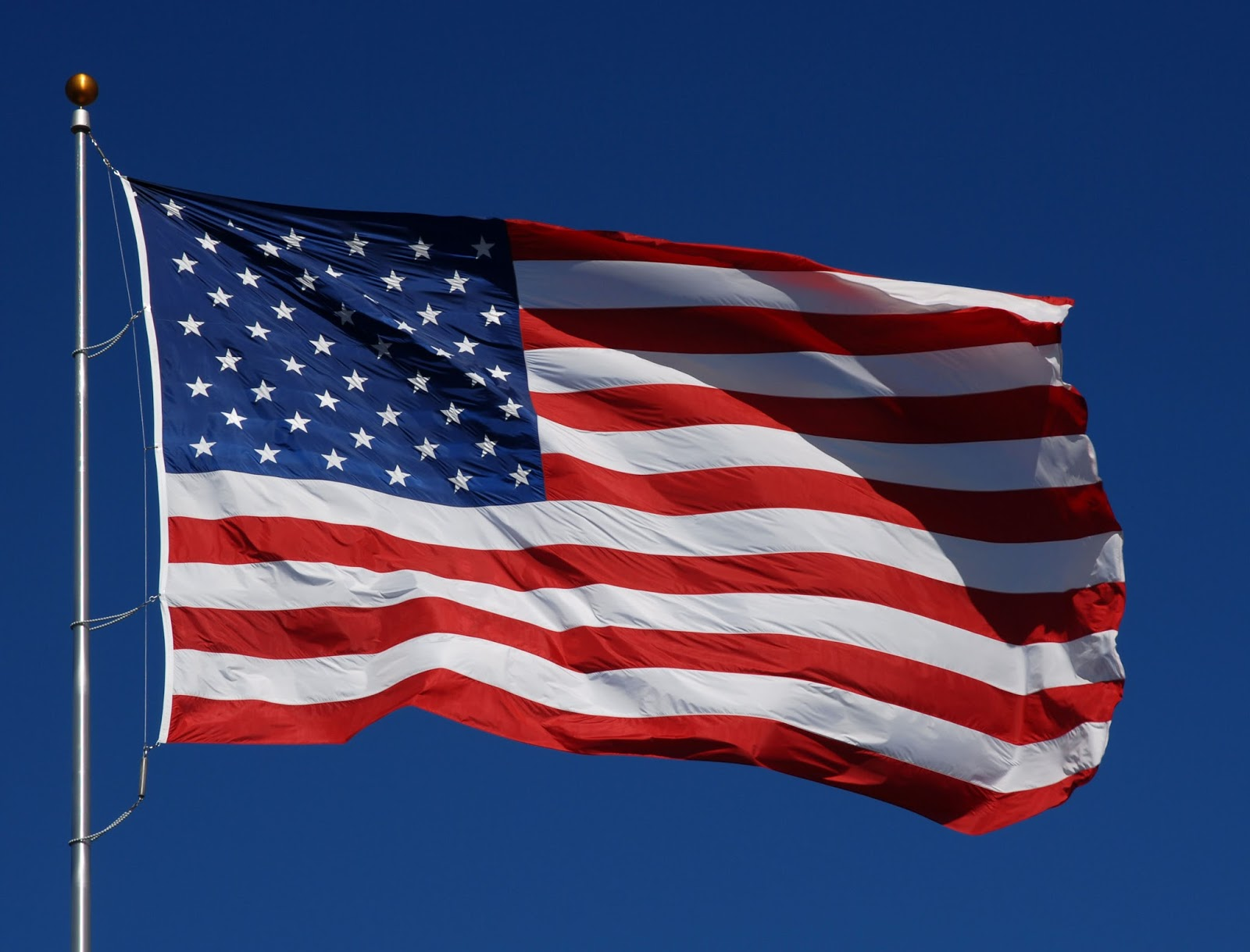 Old American Flag With Black Background HD wallpaper 1600x1219