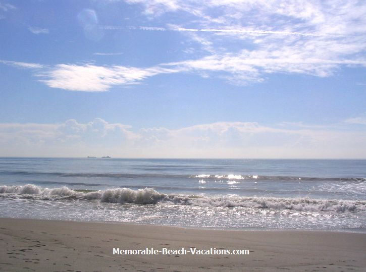 Florida   Cocoa Beach   Atlantic Ocean   on Florida Vacation Beaches 725x539