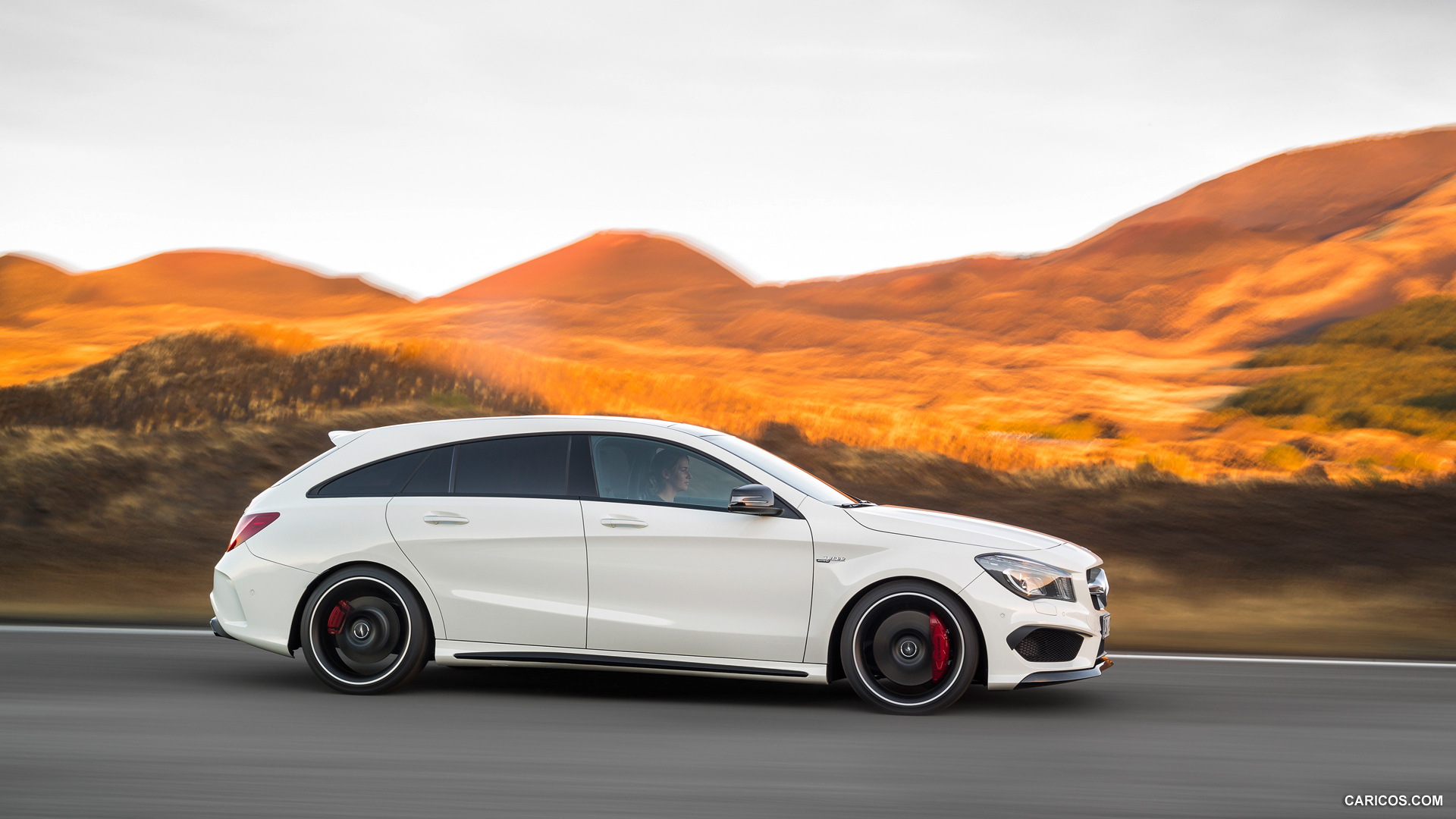 2015 Mercedes Benz CLA 45 AMG Shooting Brake Calcite White 1920x1080