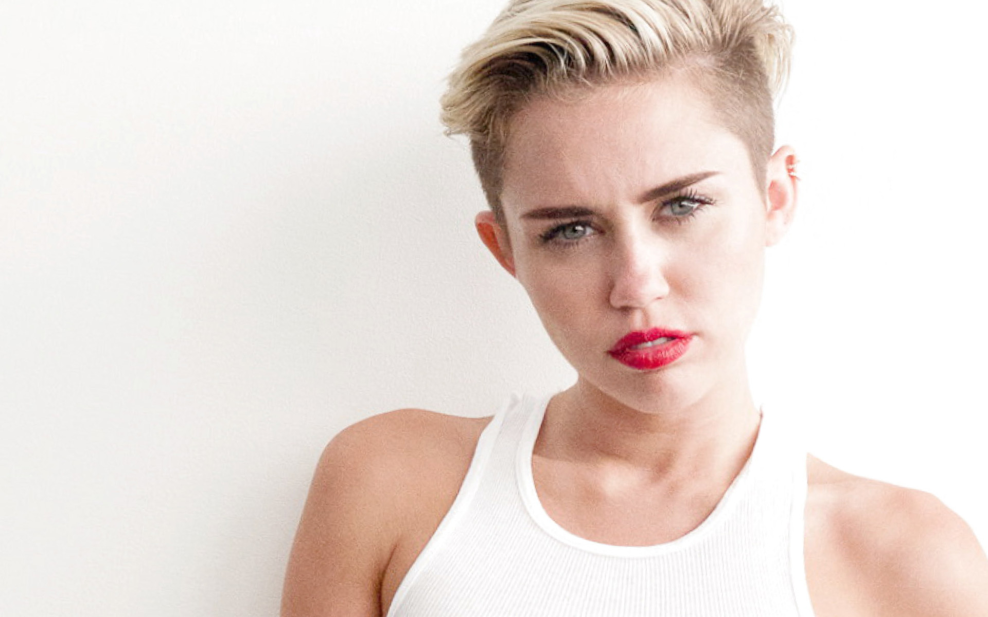 Miley Cyrus 2015 Hair   wallpaper 1920x1200